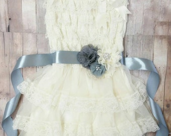 Flower Girl Dresses For Weddings, Boho Flower Girl Dress, Flower Girl Dress For Toddlers, Baby Girl Ivory Lace Dress, Vintage Lace Dress