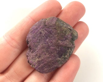 Purpurite natural rough stone purple 1 inch