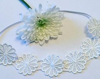 Daisy lace headband on skinny elastic