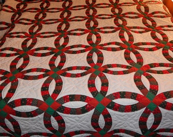 Vintage Double Wedding Ring Christmas Quilt