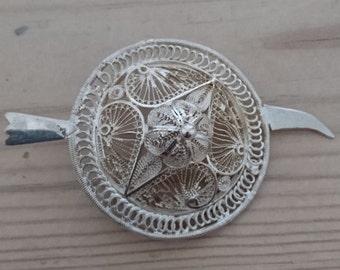 Large vintage filigree silver brooch