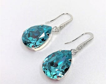 Blue Green Crystal Drop Earrings Light Turquoise Swarovski Dangles Bridal Earrings Bridesmaid Gift Mother of the Bride Sparkly Earrings
