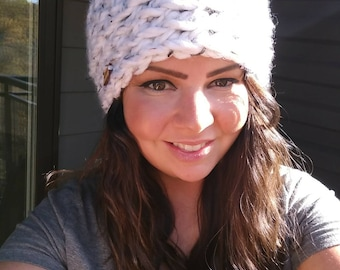 Bulky Minnesota Pom-pom Hat