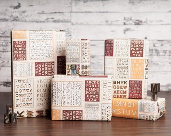 Type Specimen Wrapping Paper / 12 Sheets