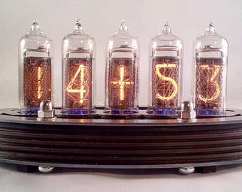 5-tube IN14 Nixie clock (Assembled and ready to use, with steel top)