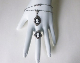 Art Deco sterling silver black and white cameo demi parure of necklace and ring with antique box