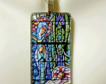 The Nativity stained glass window pendant with chain - GP01-218