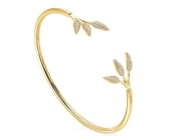 Twig bangle - yellow gold