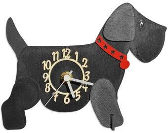 Black Dog Wooden Mini Clock