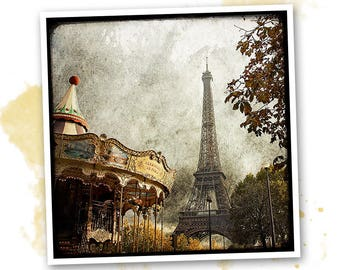 Photo art - Paris - carousel and Eiffel Tower signed 20 x 20 cm