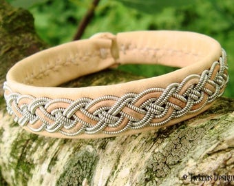 NIFLHEIM Nordic Natural Lapland Leather Sami Bracelet Cuff for Vikings and Shieldmaidens - Handcrafted in Denmark