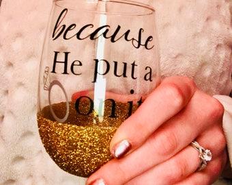 Engagement stemless wine glass- bride gift- engagement gift- wine glass- bride to be gift- wedding wine glass- bridal shower gift- glitter