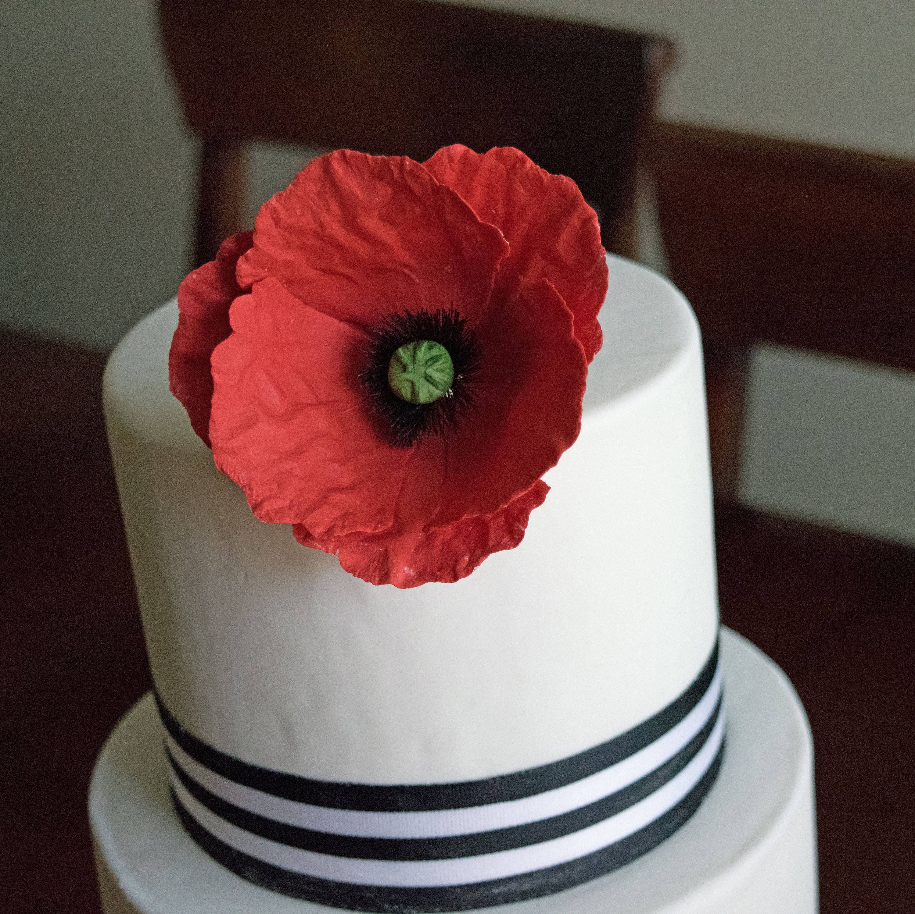 Red Poppy Cake Decorations