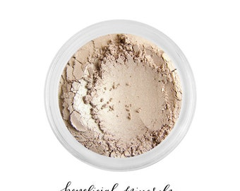 Natural Linen - Eyeshadow // Mineral Eyeshadow // Mineral Makeup // Natural Makeup // Neutral Eye //Brown Eyeshadow // Pigment