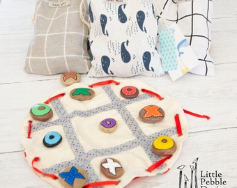 Travel Noughts and Crosses Game , Tic Tac Toe, pebble game, beach stone game, handmade, travel game, christmas gifts, stocking fillers