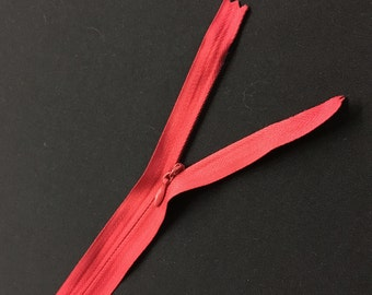 """10 Red Invisible Zippers 14"""""""