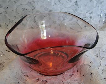 Decorative Pink to Clear Glass Bowl, Candy, Sauce, Nut, Small Serving Dish, Trinket Tray, Ring Storage