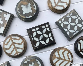 Coasters (Set of 4) // Wood Square or Round // Painted pattern // Cup holders