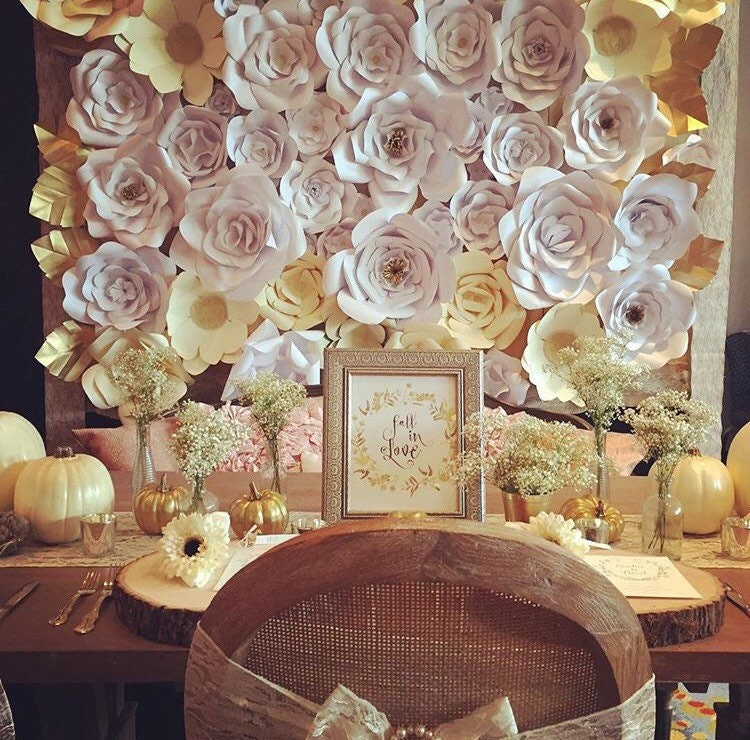 paper flower wall wedding - Leon.escapers.co