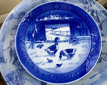 "Vintage Royal Copenhagen 1969 Porcelain ""In The Old Farmyard"" Plate - Free Shipping"