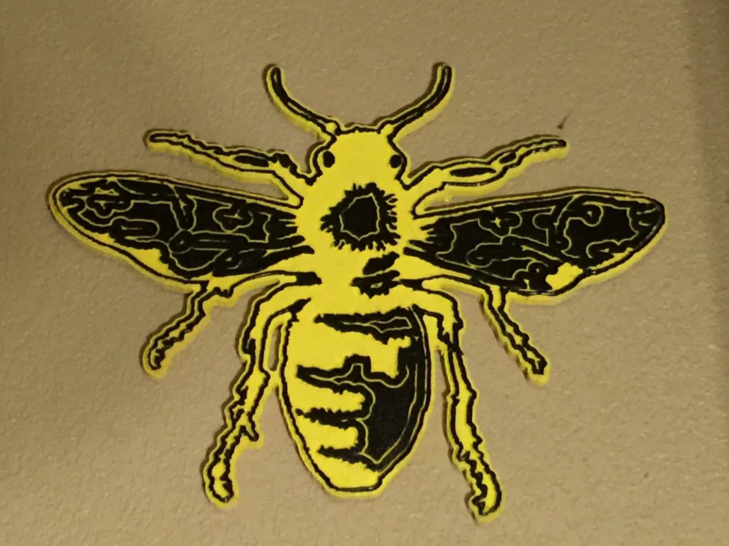 wall art traditional bee tattoo design 22 tall