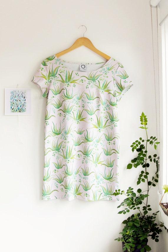SALE! -Aloe Vera Short Sleeved Shift Dress in Organic Cotton Jersey.