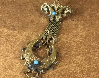 Lovely Signed Karu Victorian Revival Brooch Pin 1940's 1950's Ornate Antiqued Gold Tone Crescent Moon Tarnished Patina Turquoise Glass