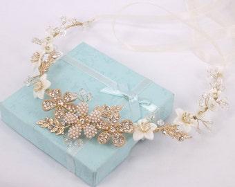 Casablanca - mère perle fleur, fleur en strass, des feuilles en strass et cristal vigne de cheveux de mariée