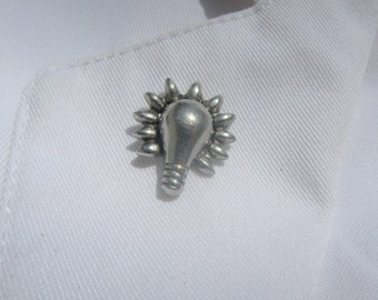 Lightbulb Lapel Pin - CC164- Electric, Electricity, Bright Idea, Idea, Inventions