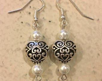 Romance Heart Earrings-Pearl White