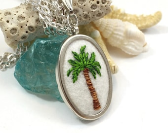 Palm Tree Necklace, Embroidery Jewelry, Palm Tree Jewelry, Nature Lover Gift, Tropical Necklace, Botanical Necklace, Palm Tree Pendant