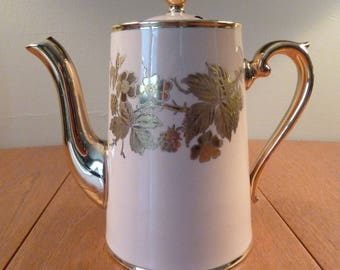 Teapot - Rare vintage Gibson's tea or coffee pot, dusty pink with gold gilt leaves