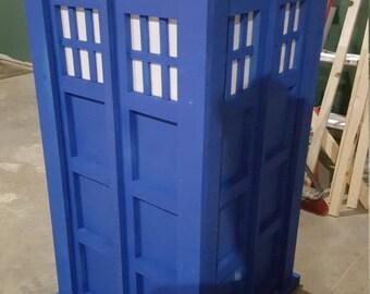 Half Scale TARDIS Prop