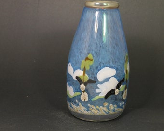 hand blown scenic glass vase