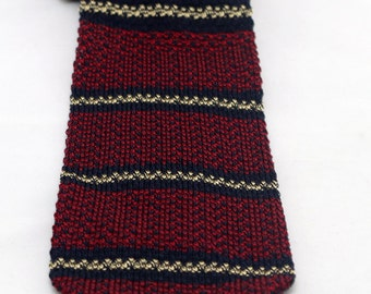 Vintage Men's Striped Maroon Navy Blue Knit Tie/ Retro Red Blue Knit Nautica Necktie