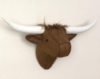 Longhorn cow, longhorn cow taxidermy, longhorn faux taxidermy, longhorn