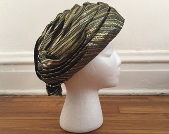 1960s vintage gold hat. Don Anderson hat. Metallic vintage hat. Gold hat. Gold turban. Metallic turban. 60s gold hat. Gold striped turban.