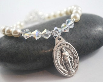 Catholic bracelet Choose your SAINT Crystal + cream pearl Saint Bracelet Confirmation gift Patron Saint Bracelet Catholic Religious