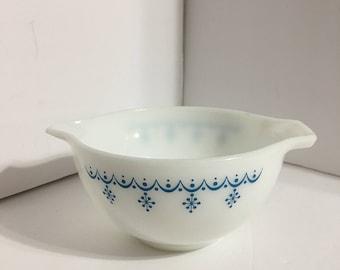 Vintage Pyrex Garland Small Mixing Bowl 11/2 pt