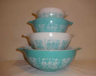 Vintage Amish Butterprint Pyrex Cinderella Milk Glass Bowl Set 444 443 442 441 Turquoise and White Bowls with Spouts