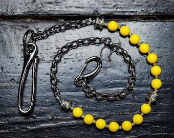 Yellow wallet chain