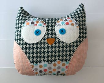 Owl Pillow - Mandy
