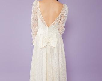 La Aurore - Lace Wedding Dress