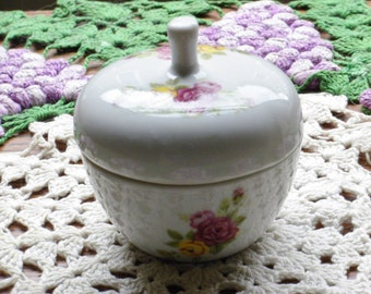 Vintage Pretty little rose trinket dish