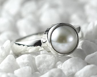 Silver Pearl Ring White Freshwater Pearl Simple Sterling Womens Rings