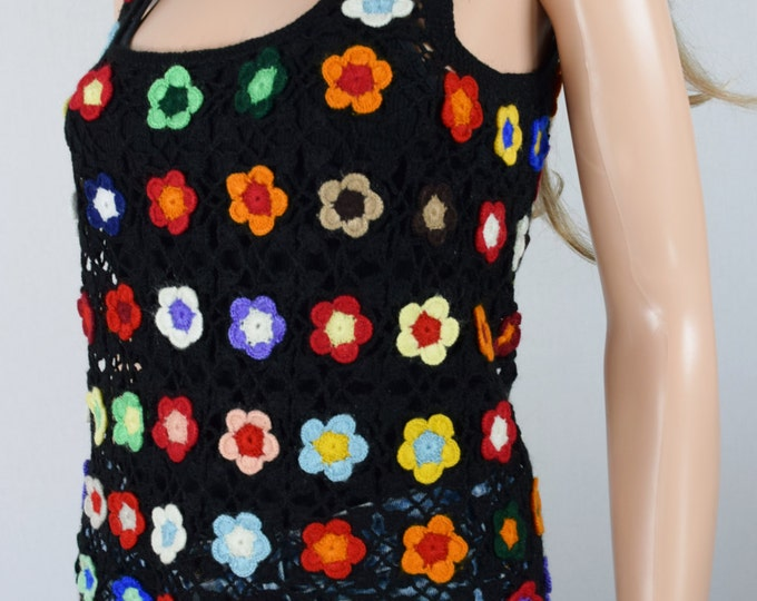 Vintage 1960's 70's Crocheted Rainbow Flower HiPPiE BoHo Woodstock Knit Shirt Vest Size S M