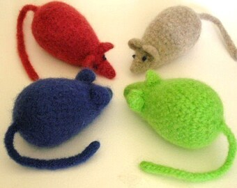Felted Mouse Cat Toy Crochet Pattern PDF      EASY - permission to sell what you make