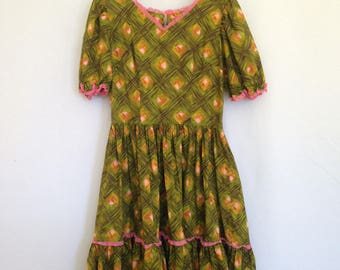 1960s handmade psychedelic housewife dress