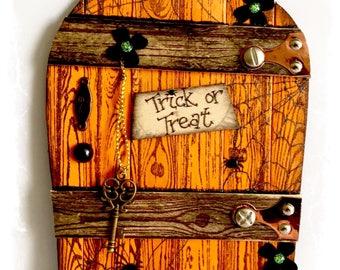 NEW Handcrafted Halloween Fairy Door / Gnome / Pixie Door