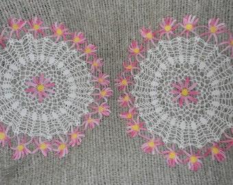3 Vintage Crochet Doiley Lot  Pink Daisy Flower Doilies
